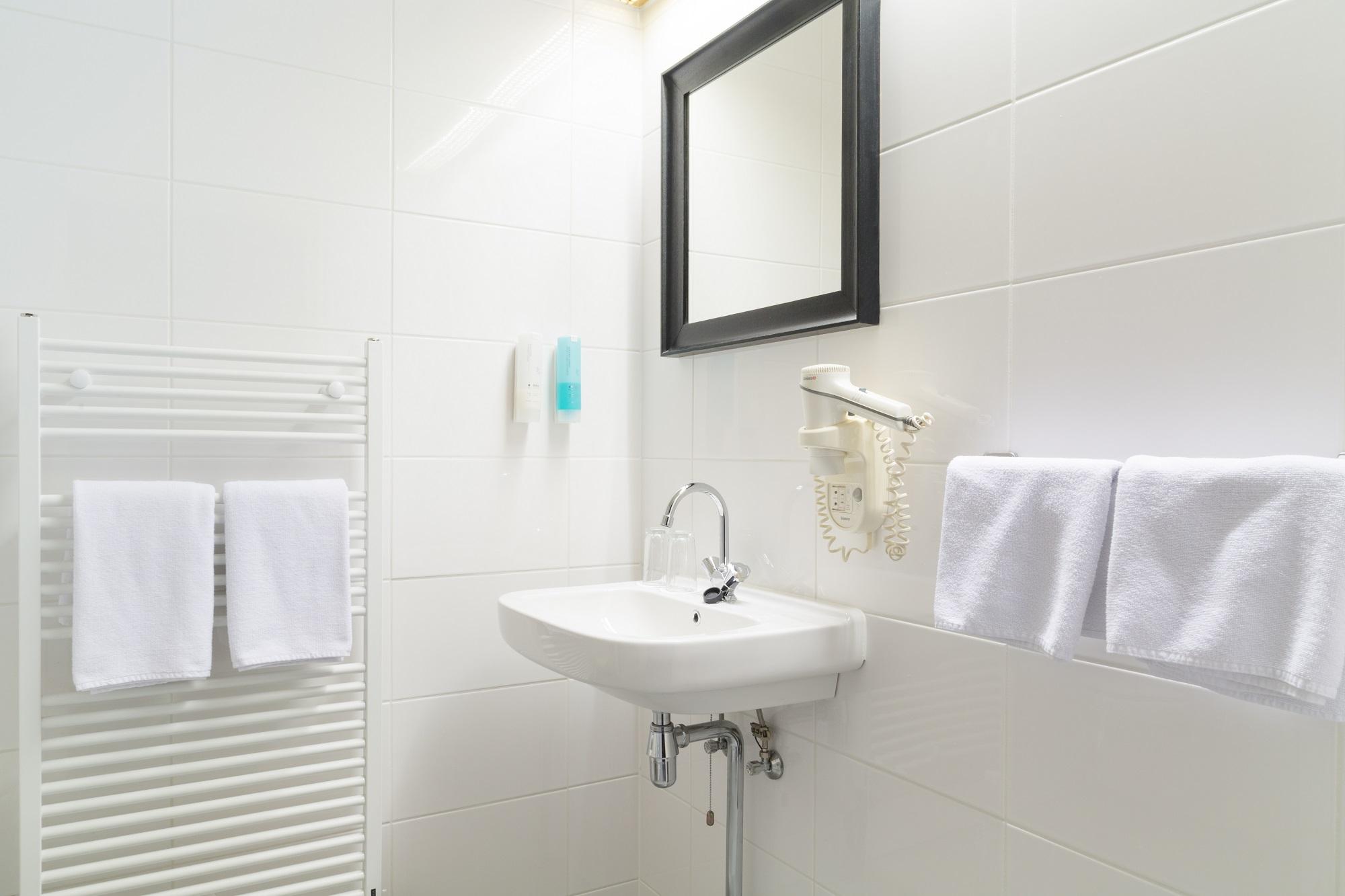 economy3-badkamer – Hotel de Beurs